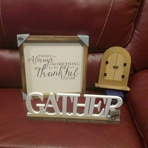 NWT 3 Piece Home Decor Set Final Price